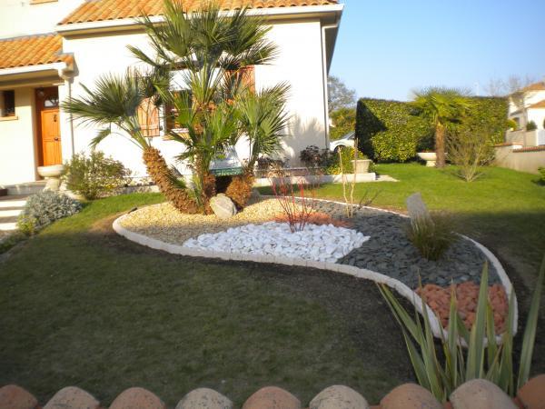 Cr ation de jardins et d espaces verts pornichet la - Haie de jardin moderne ...